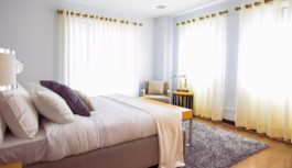 Klidné spaní aneb co by ve vaší ložnici určitě být nemělo