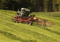 Přídavná zařízení a doplňky na traktory